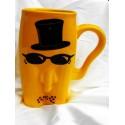 kubki ceramiczne  męskie facet w okularach żółty